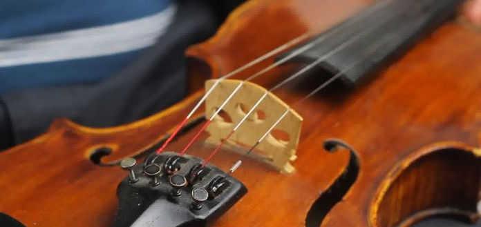 Violin fine tuners
