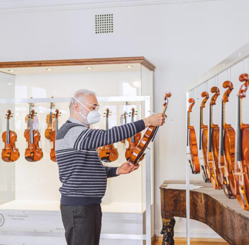wieniawski violin making competition